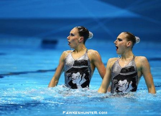 Russian Synchronized Swimmers in MJ